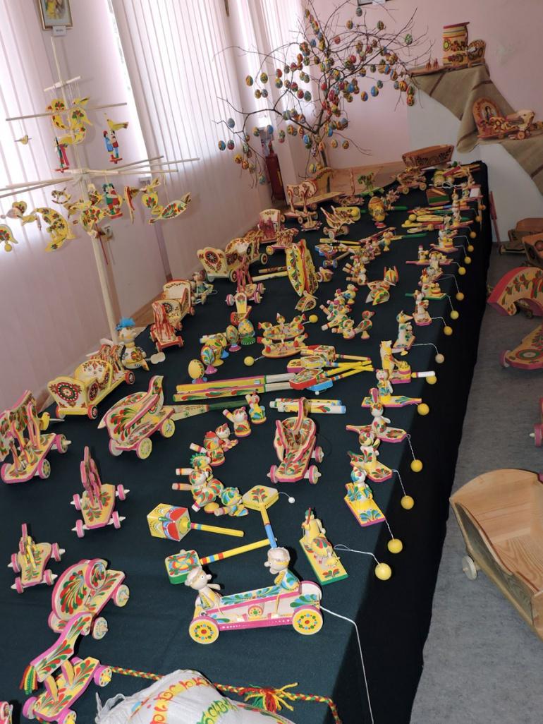 Виставка дерев'яних іграшок-забавок у Луцьку (ФОТО), фото-9