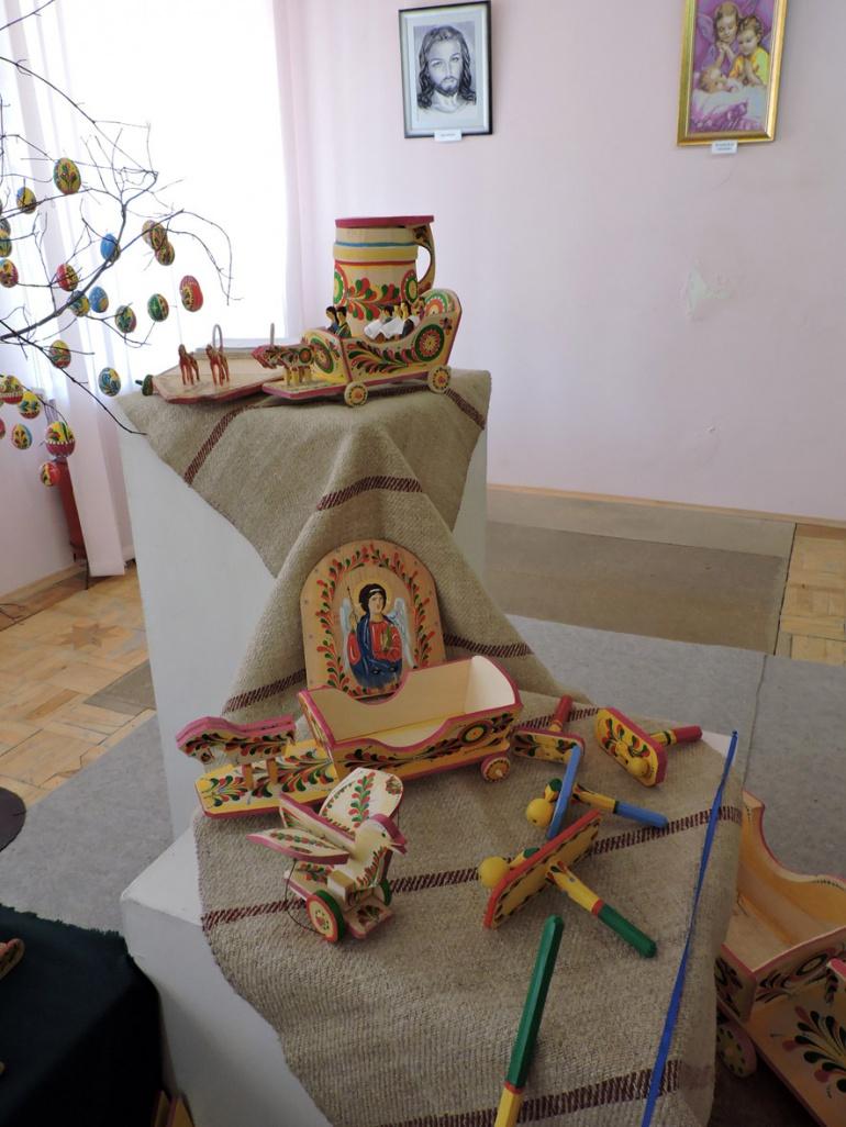 Виставка дерев'яних іграшок-забавок у Луцьку (ФОТО), фото-3