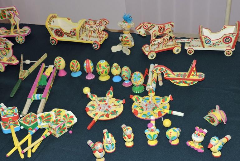 Виставка дерев'яних іграшок-забавок у Луцьку (ФОТО), фото-6