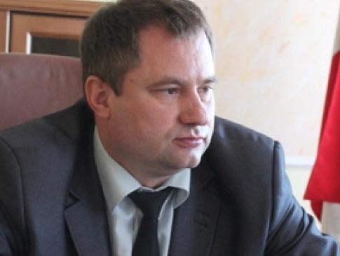 Депутати Волиньради подали проект рішення про відставку голови Валентина  Вітра через публікації журналістів 91c9c58bbda08