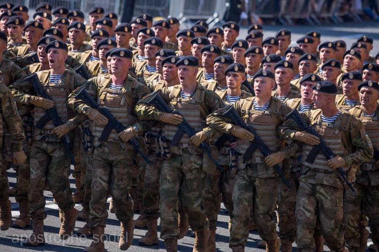 Морські піхотинці дякують волинським волонтерам
