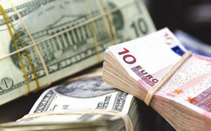 В Івано-Франківській області двоє кавказців напали на місцевого валютника і відібрали у нього готівки на майже мільйон гривень
