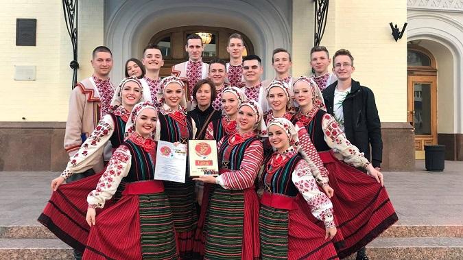 Ансамбль танцю з Луцька готувався до виступу в столиці 4 роки